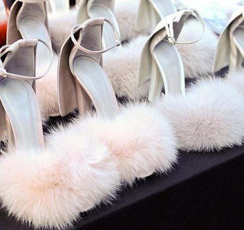 fur-shoes