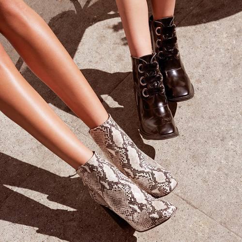 kis-ayakkabi-modeli