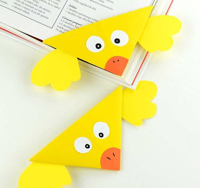Easy-Origami-Corner-Bookmark-for-Kids-Chick-perfect-Easter-origami-for-kids