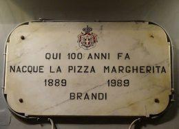 Pizza_tarihi1-260x188.jpg