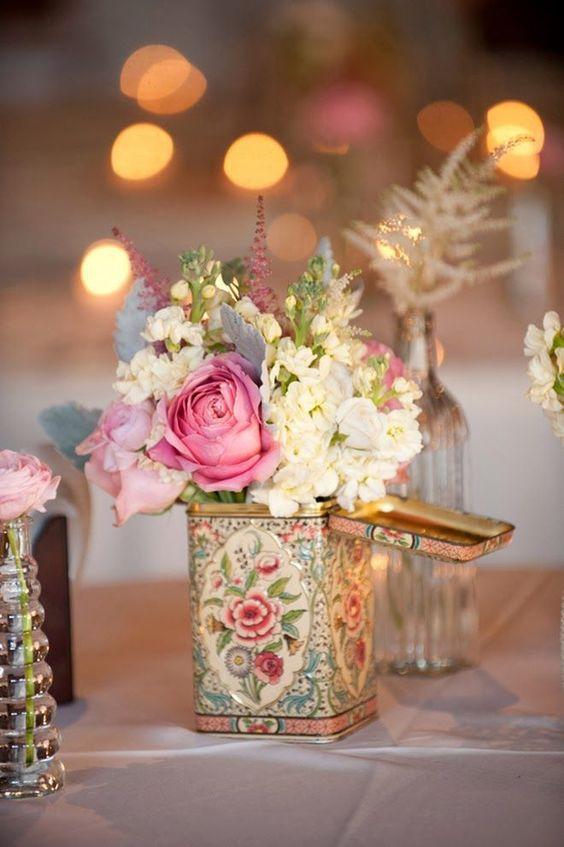 dekoratif renkli çicekler