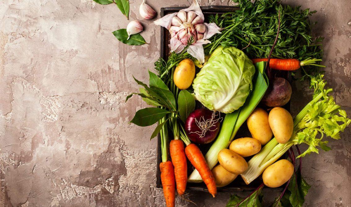 rengarenk kış meyveleri ve sebzeleri