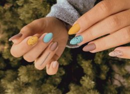 colorful-nails-260x188.jpg